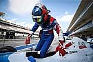 فورمولا  V8 3.5 فورمولا 3.5: إسحاقيان يتفوق على فيتيبالدي ليحرز قطب الانطلاق الأول في البحرين