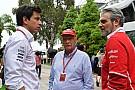 Formule 1 Mercedes uit kritiek op Liberty om