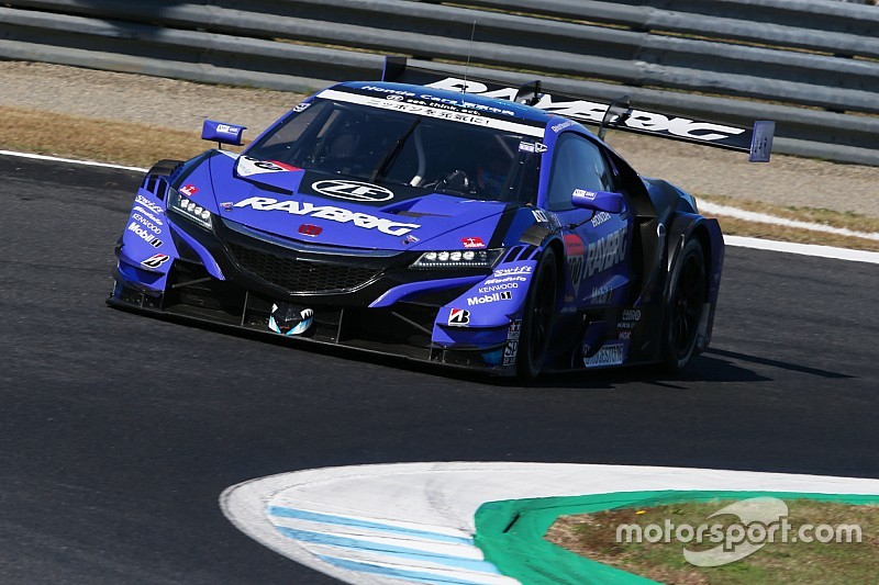 Button logró el campeonato de Super GT en Japón