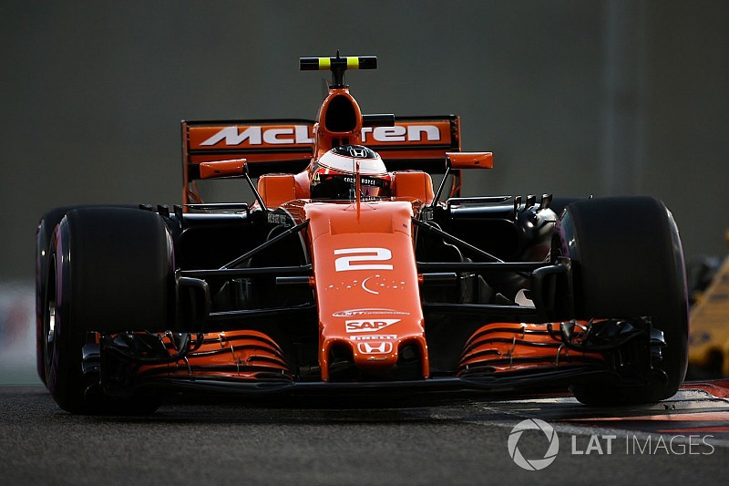 Tech gallery: How the McLaren MCL32 evolved throughout 2017