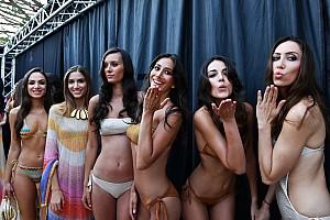 Rendkívül látványos F1-es modell-show a Monacói Nagydíjon