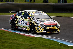 BTCC Race report Rockingham BTCC: Smith fends off Shedden to win final race