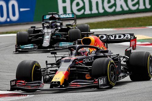 Villeneuve: Verstappen hibára fogja kényszeríteni Hamiltont