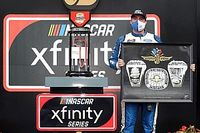 Indiana native Briscoe claims Indy Xfinity win in wild finish