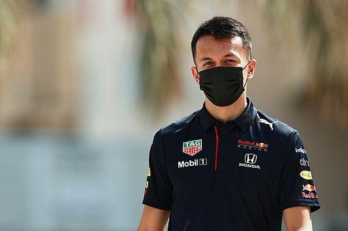 Test Pirelli: Albon domani torna sulla Red Bull