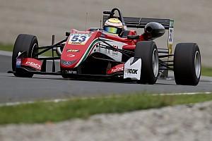 فورمولا 3 الأوروبية تقرير السباق فورمولا 3: إيلوت يتفوّق على إريكسون ويُحرز الفوز بالسباق الأوّل في النمسا