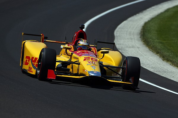 IndyCar Indy 500: Hunter-Reay tops 33-10 qualifying session at 231mph