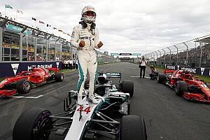 Hamilton aplastó a todos para llevarse la primera pole del año