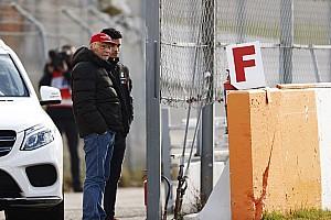 Lauda: Mercedes, Red Bull'un 0.2 saniye önünde