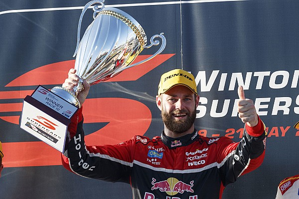 Winton Supercars: Van Gisbergen profits from Whincup mistake