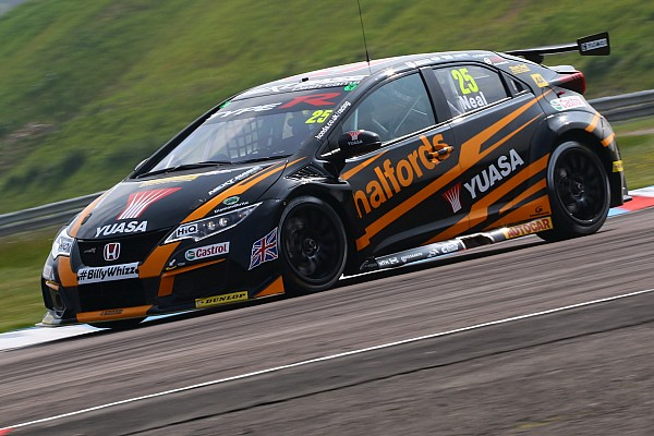 BTCC Qualifying report Oulton Park BTCC: Neal secures back-to-back poles