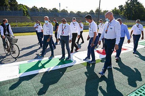 F1 Stewards: Wie zijn het, wat doen ze en hoe worden ze gekozen?