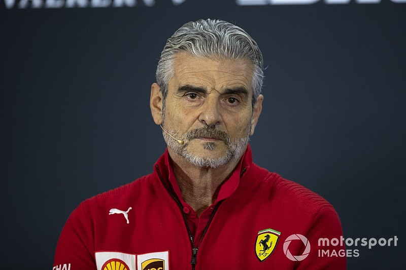 Sajtó: Arrivabene távozik a Ferrari csapatának éléről