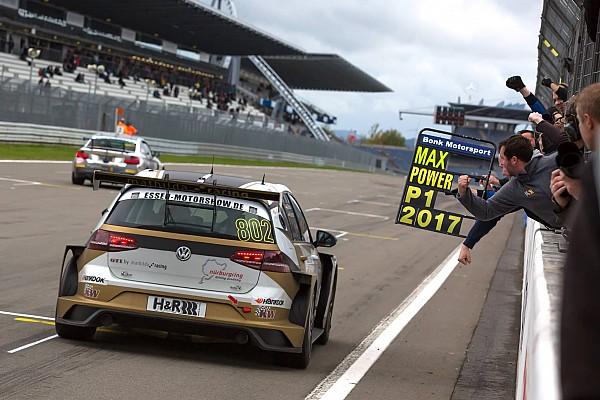 VLN La Mathilda Racing chiude con un'altra vittoria in Classe TCR al Nordschleife