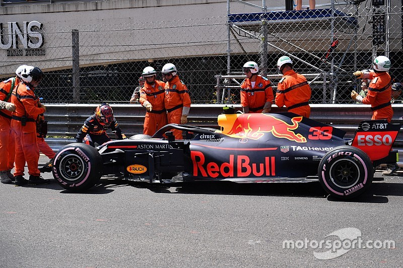 Red Bull le dice a Verstappen que cambie