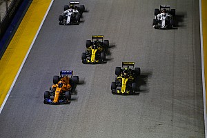 """Sainz: """"Hoop dat Alonso terugkeert en voor de titel kan vechten"""""""