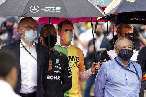 Vettel, ulusal marştan önce ''Same Love'' tişörtünü çıkarmadığı için kınama aldı