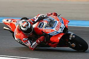 Lorenzo masih tidak nyaman dengan Ducati GP18