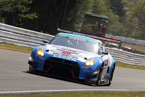スーパー耐久 速報ニュース 【S耐】Gr.1決勝、スリーボンド日産自動車大学校GT-Rが激闘制し連勝