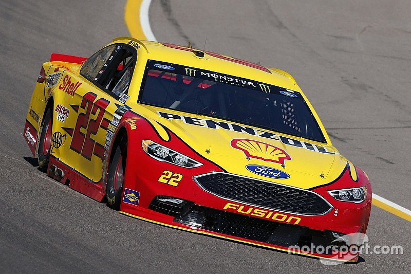 Joey Logano tops final practice at Phoenix