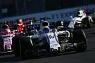 Лоу: Масса выиграл бы гонку в Баку, но подвела команда