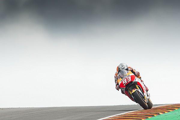 Sachsenring, Libere 4: Marquez nell'1-2 Honda prima della pioggia