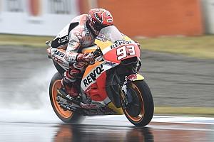 MotoGP Репортаж з практики Гран Прі Японії: першу дощову практику виграв Маркес