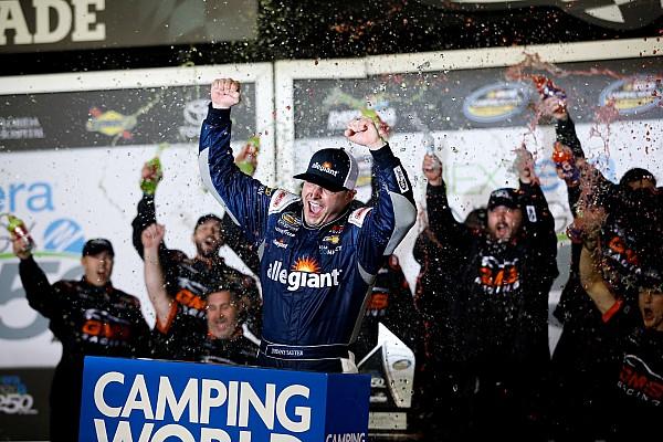Sauter vence abertura da Truck Series em Daytona