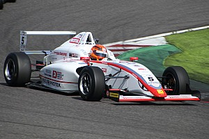 FIA-F4選手権 レースレポート FIA-F4第5戦鈴鹿:角田裕毅が4戦連続でポール・トゥ・ウィン