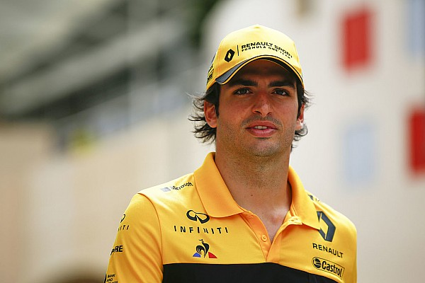 Formula 1 Sainz, Melbourne'de muz yüzünden zehirlendiğini düşünüyor