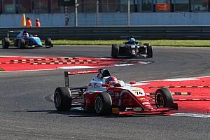 Formula 4 Gara Fittipaldi trionfa in Gara 1 precedendo Lorandi ad Adria
