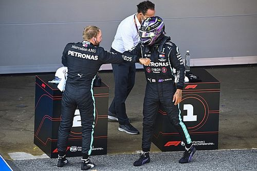 Hamilton y Bottas no saben por qué no mejoraron al final de la Q3