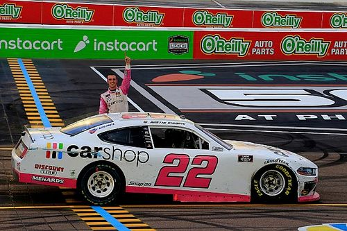 Austin Cindric takes Phoenix Xfinity win after wild restart