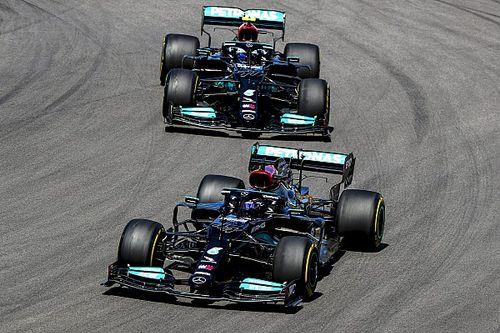 В Mercedes отказались от разных настроек для Хэмилтона и Боттаса
