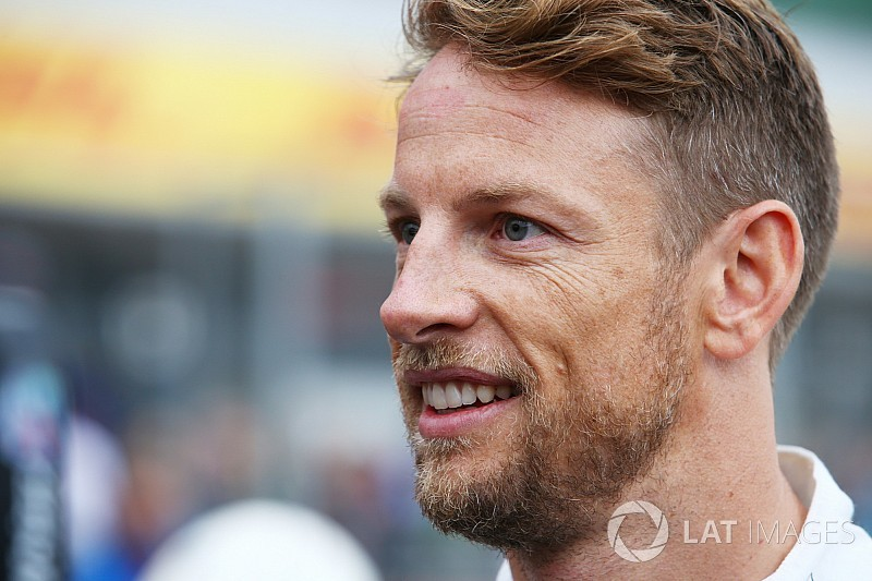 Button neredeyse Williams'a geri dönüyormuş