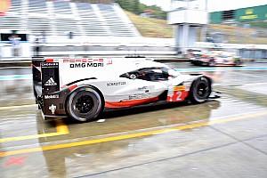 WEC Trainingsbericht WEC Fuji 2017: Porsche-Doppelführung zum verregneten Auftakt