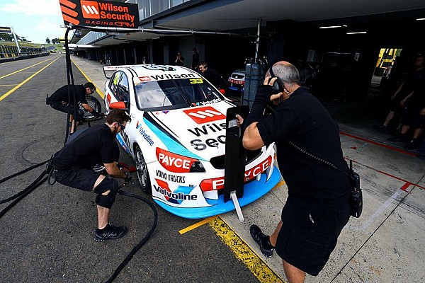 Supercars Tander impressed with 'perfect' GRM Commodore