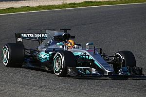 Hamilton lidera la primera jornada de test y Ferrari sorprende