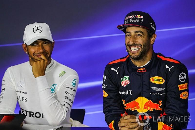 Hamilton: Ricciardo ile aynı takımda yarışmak