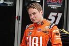 NASCAR Truck Bell segura pressão de Jones e vence em Kentucky