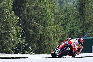 MotoGP Qualifiche Marquez, pole strepitosa a Brno. Bene gli italiani: Rossi 2°, Dovi 4°