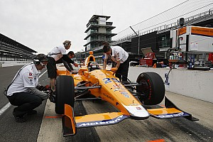 "IndyCar Breaking news De Ferran on Alonso: ""I'll be surprised if there isn't a setback"""