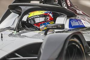 Гонщик Nissan e.dams завоевал поул-позишн на квалификации китайского этапа Формулы Е
