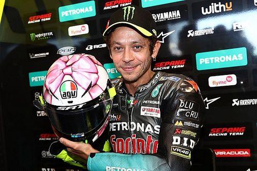 Fiocco rosa per Rossi: il casco di Misano è una dedica alla figlia