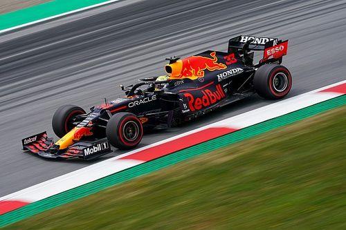 СМИ: по данным Red Bull, Хэмилтон специально въехал в Ферстаппена