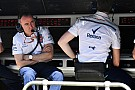Формула 1 Лоу списал слабое выступление Сироткина на недостаток опыта