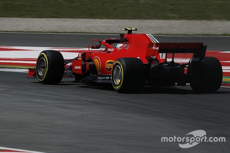 Hamilton tuding Ferrari