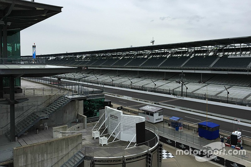 La lluvia impide la segunda práctica de  Indy 500