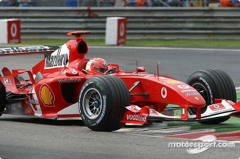 Vettel lemásolta Schumacher hibáját Monzában: ugyanaz történt, csak Michael második lett