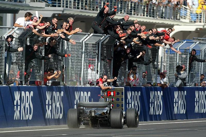 İlk Türkiye GP'sinin galibi: Raikkonen, McLaren ve Michelin!